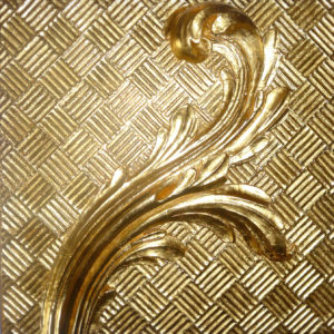 feuille d'acanthe dorée